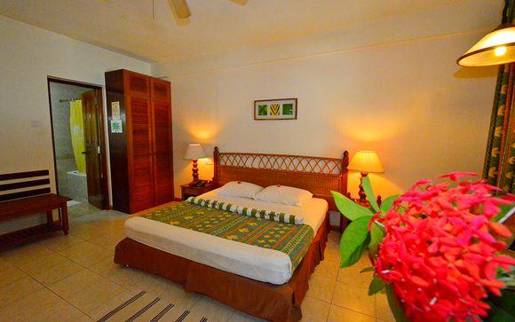 Tu estancia en Maldivas - Fihalhohi Island Resort 4*