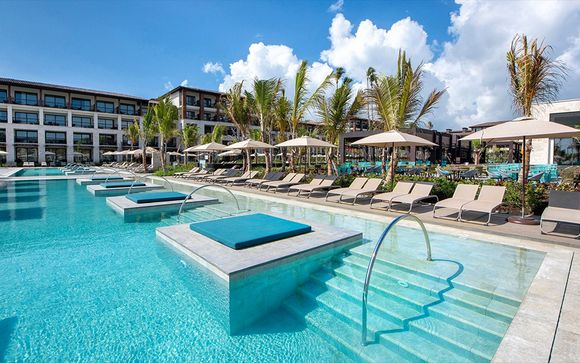 Lopesan Costa Bavaro Resort 5*