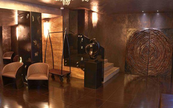 Berg Luxury Hotel 4*