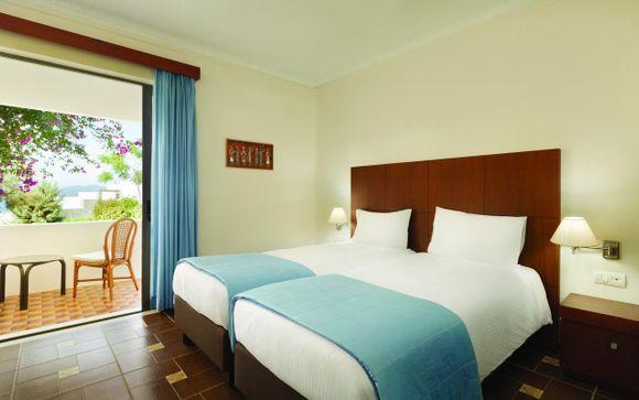 Ramada Loutraki Poseidón Resort 4*