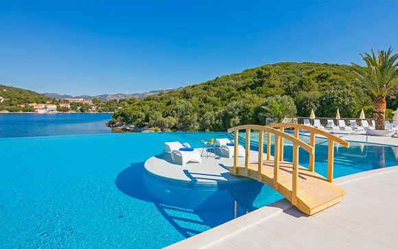 Port 9 Island Resort 4*