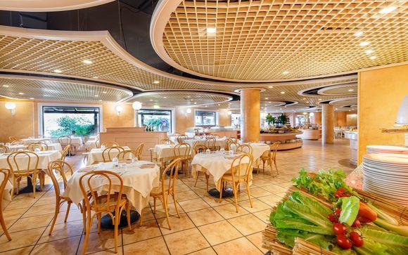 Sant'Elmo Beach Hotel 4*