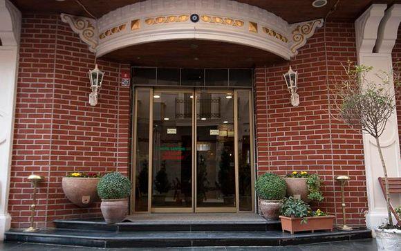 El Hotel Sapphire le abre sus puertas