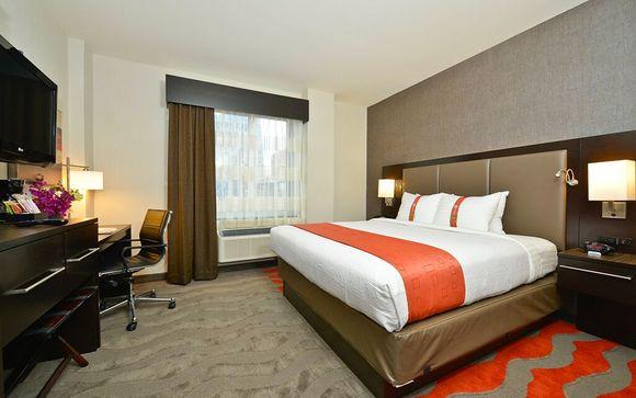 Holiday Inn Lower East Side 4*