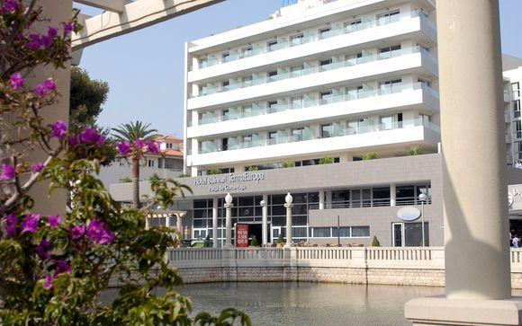 Poussez les portes de l'hôtel Balneario Termaeuropa Playa de Coma Ruga 4*