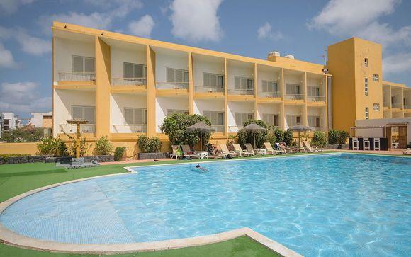 Poussez les portes de votre hôtel Oasis Porto Grande 4*