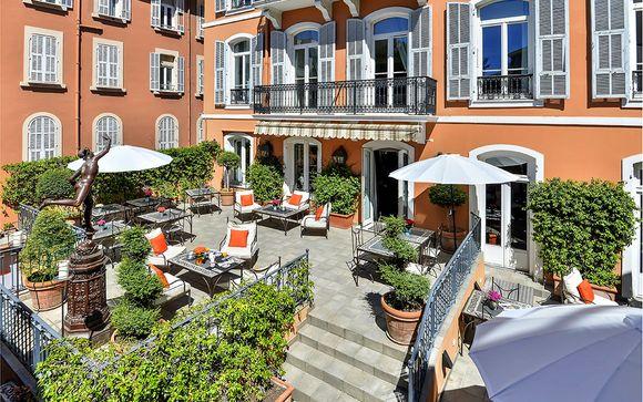 Poussez les portes de l'hôtel Hôtel Ellington Nice Centre 4*