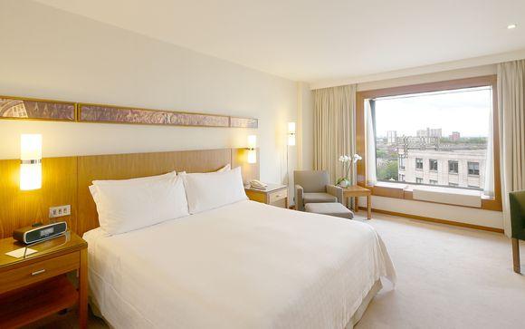 Poussez les portes de l'hôtel Canary Riverside Plaza 5*