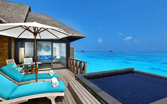 Paradis posé sur l'océan en classe Affaires