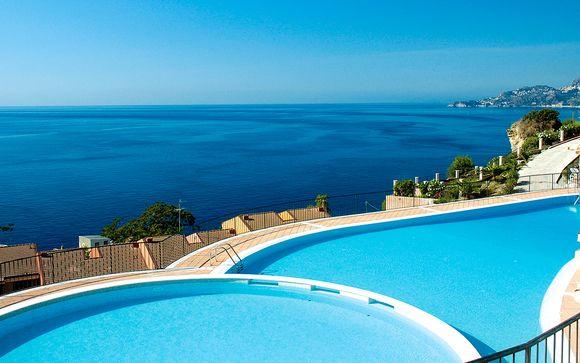 Capo dei Greci Taormina Bay Hotel & Spa 4*