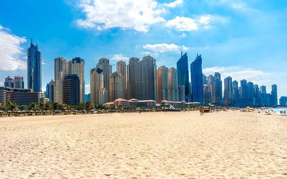 On y trouve les plages les plus agréables de dubaï la jumeirah beach park et le complexe dubaï marina sont payants et