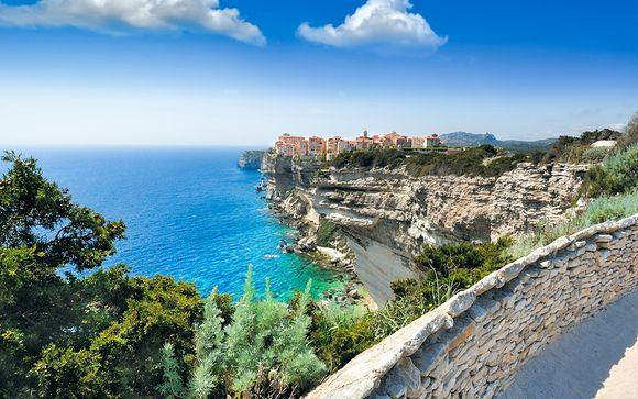 Autotour de Bastia à Ajaccio en 8 jours/7 nuits en hôtels 4*