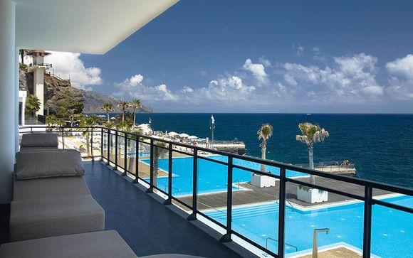 Poussez les portes de l'Hôtel Vidamar Resort Madeira 5*