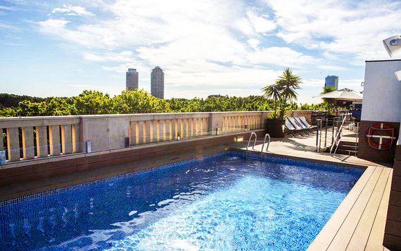 Rooftop les pieds dans l'eau en centre-ville - Barcelone -