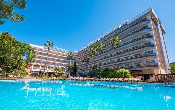 Golden Port Salou & Spa 4* avec entrées à PortAventura World
