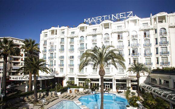 Poussez les portes de l'hôtel Martinez 5*