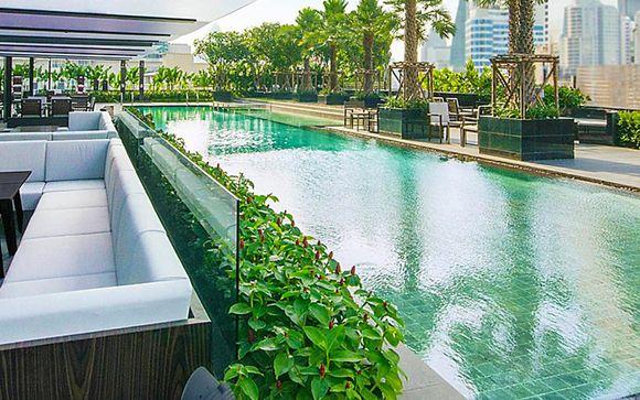 Poussez les portes de l'hôtel Holiday Inn Sukhumvit à Bangkok