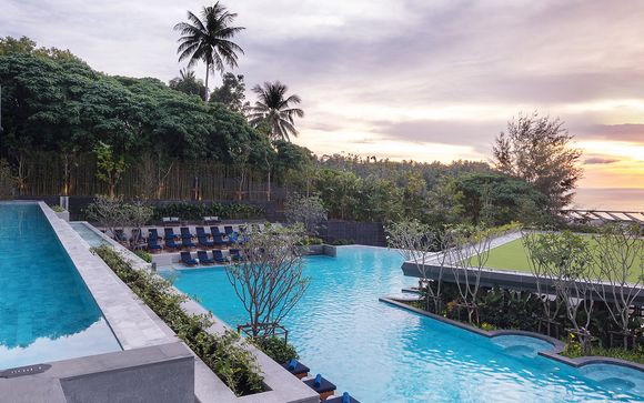 Poussez les portes de l'hôtel Avista Grand Karon - Mgallery by Sofitel 5* à Phuket