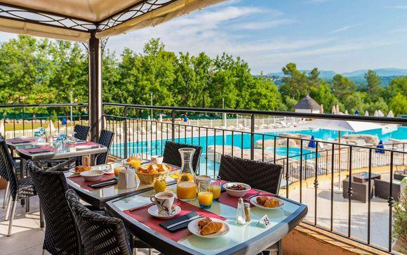 Il Residence Lagrange Vacances - Le Domaine de Fayence 4*