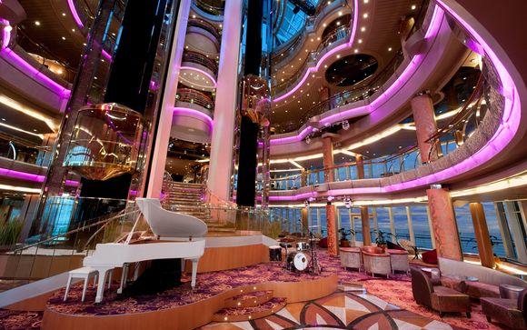 Una crociera di lusso con gruppi musicali, spa e area relax