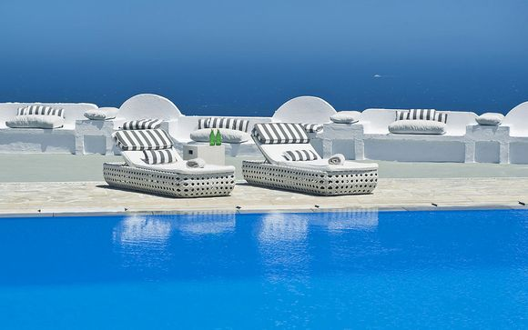 Santorini Palace Hotel 4*