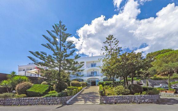 Marcaneto Palace Hotel 4*