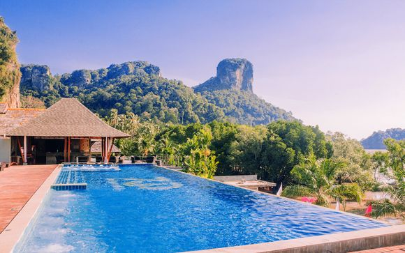 Bangkok in 5* e relax in un paradiso segreto a Railay Beach
