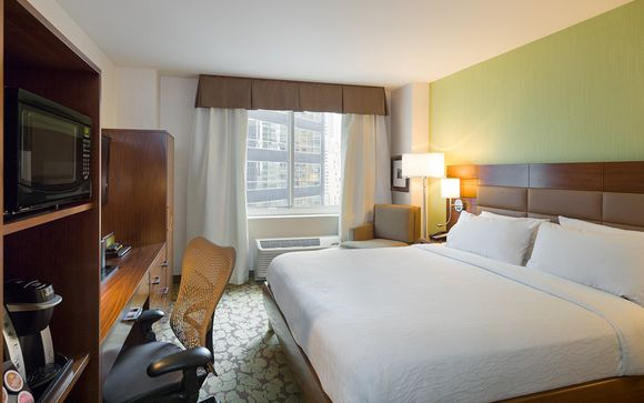 Hilton Garden Inn Midtown East 4*