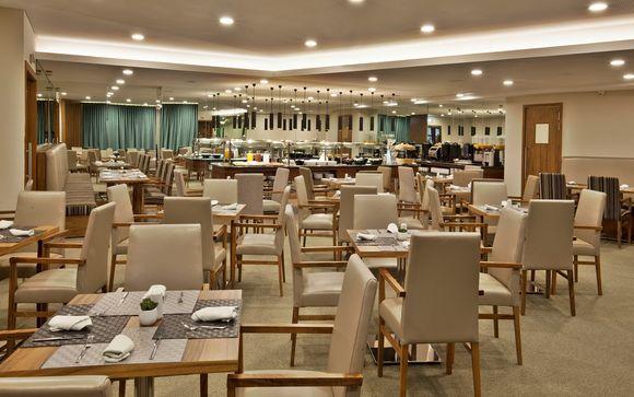 L'Olaias Park Hotel 4*