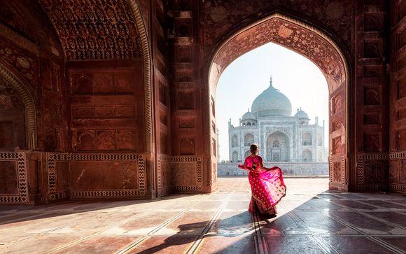 Tour di 9 notti, il Triangolo d'Oro & Varanasi in 4*S e 5*
