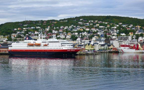 La costa norvegese in navigazione verso Nord