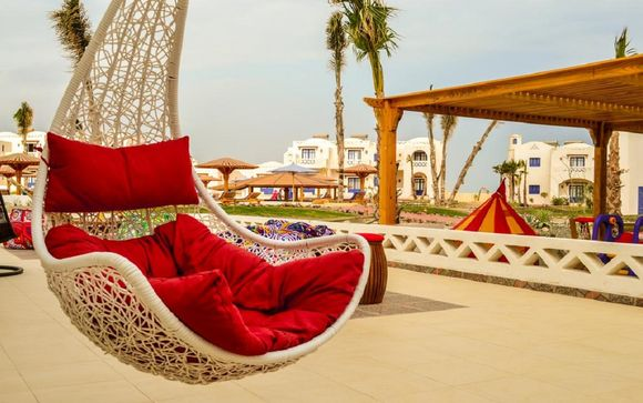 Aurora Beach Safari Hotel 4*