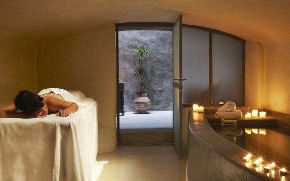 Zannos Melathron Hotel Santorini 5*