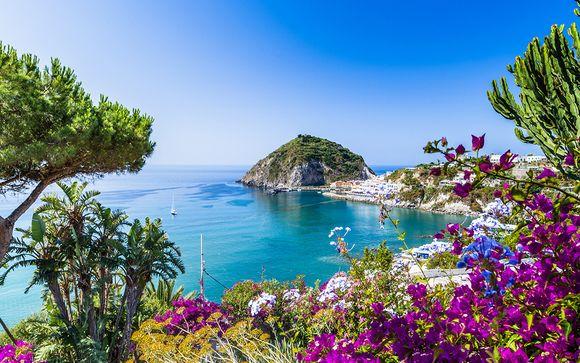 Hotel a 4* con escursioni a Ponza, Capri e Procida