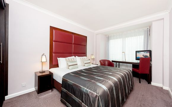 Mercure London Kensington Hotel 4*