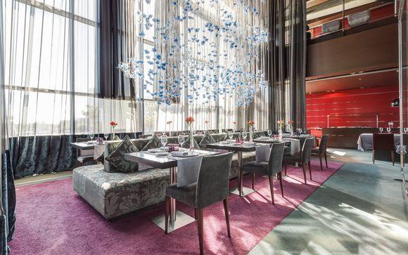 L'Hotel Hesperia Tower 5* by Hyatt