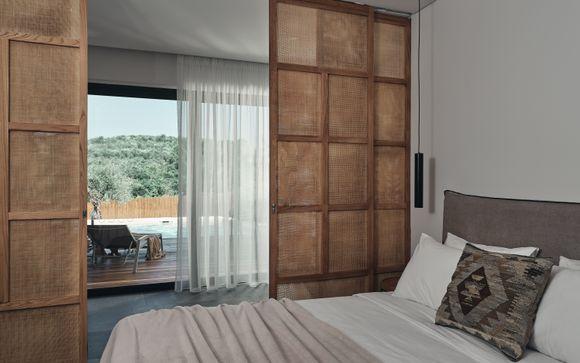 L'Aqua Bay Suites  5*