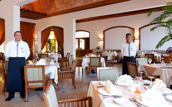 The Three Corners Fayrouz Plaza Beach Resort 5*