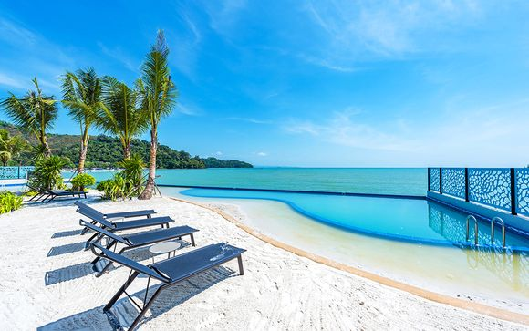 The Tide Beachfront Siray 5* & Zeavola Resort 5*