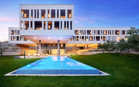 Hotel Salona Palace 4*