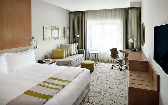 Dubai - Holiday Inn Festival City 4*