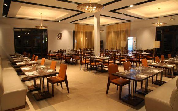 Hotel Aqua Mirage 4*