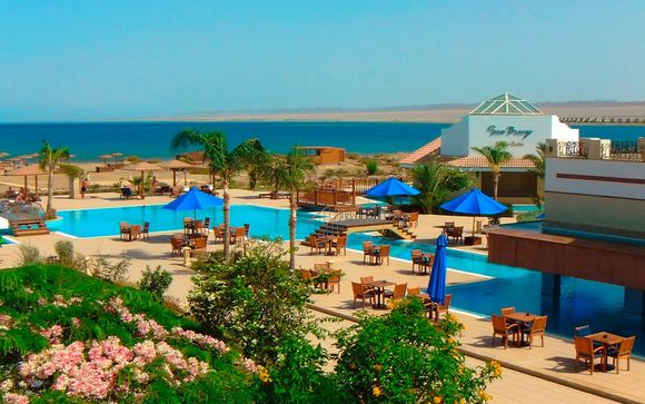 Lahami Bay Beach Resort 5*
