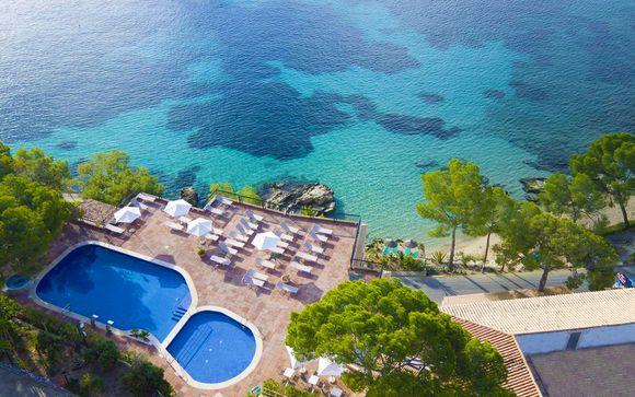 Hotel Cala Fornells 4*