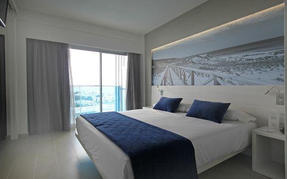 Tonga Tower Design Hotel 4*