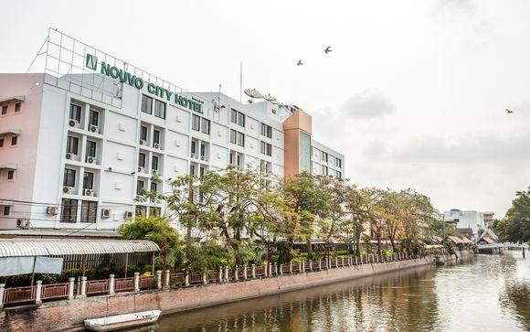 Nouvo City Hotel 4*
