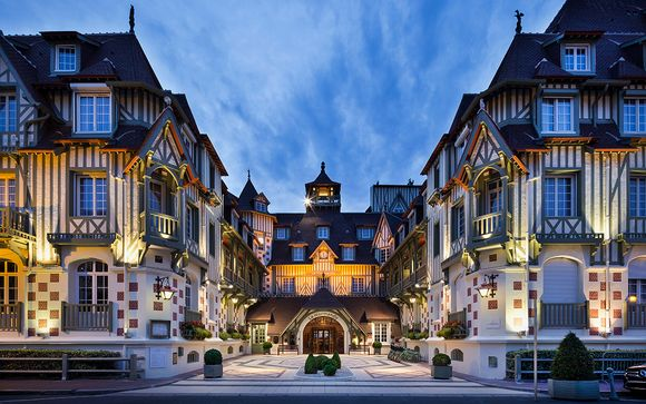 Hotel Barriere Le Normandy 5*