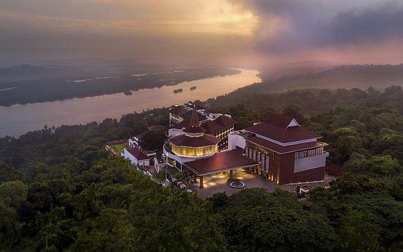 Doubletree by Hilton Hotel Goa 5*