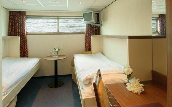 Ms Serenity Voyage Priv 233 Up To 70