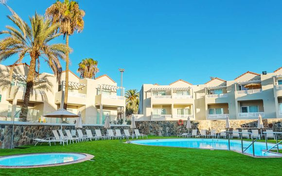 Breathtaking Hotel with the Dunes of Maspalomas as a Backdrop